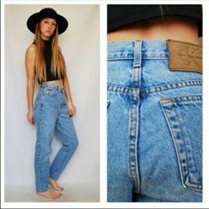 Calvin Klein Sz 9/10 Stone Wash Classic Mom Jeans